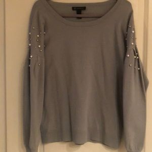 Sweater with pearl and silver beads
